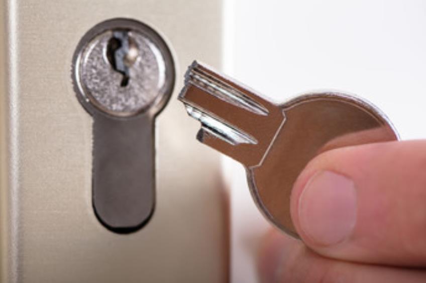 鍵が壊れて14万円請求されたお話